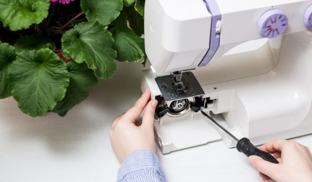 Repairing-Sewing-Machine