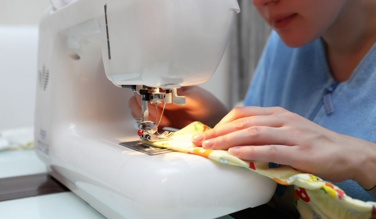 Hemming a T-shirt With a sewing machine