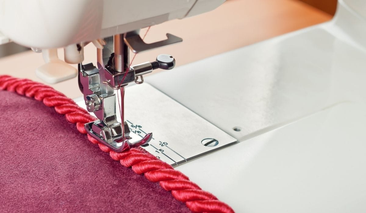 sewing machine creating a whip stich